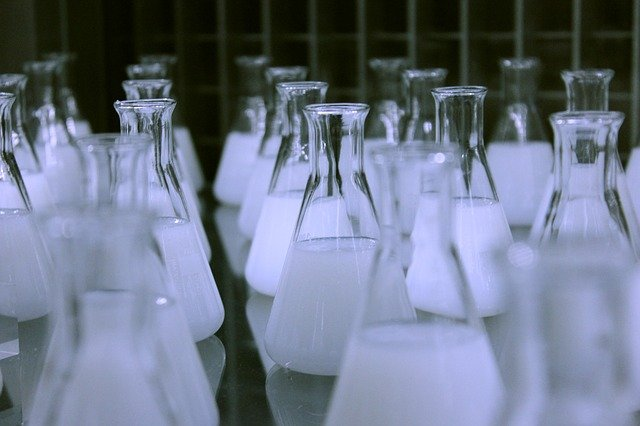 How to Properly Maintain Your Laboratory Equipment