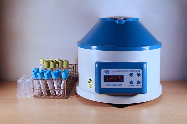 Key Factors to Consider While Picking a Lab Centrifuge